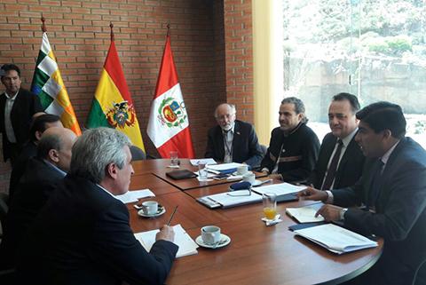 Reunion-Bolivia-Peru-avanza-en-Sucre-con-la-expectativa-de-acordar-el-tren-bioceanico-central