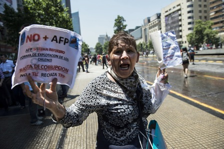 Protestas-contra-las-AFP-marcan-jornada-en-Chile