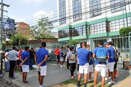 La-Copa-Simon-Bolivar-sigue-pese-a-las-criticas