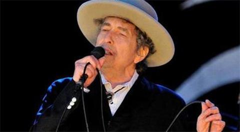 Ovacion-de-pie-para-Bob-Dylan-ausente-en-la-entrega-de-premios-Nobel