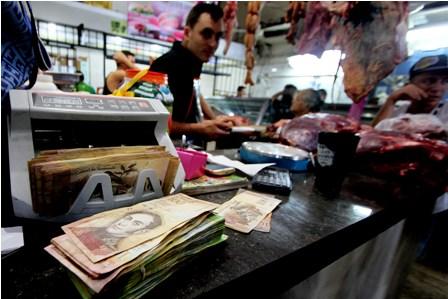 Retiro-de-billetes-genera-caos-y-dudas-en-Venezuela-