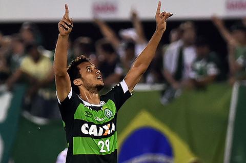 Viaja-a-Brasil-ultimo-futbolista-sobreviviente-de-tragedia-de-Chapecoense