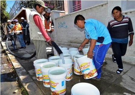 Agua-distribuida-es-danina-para-la-salud,-dicen-medicos