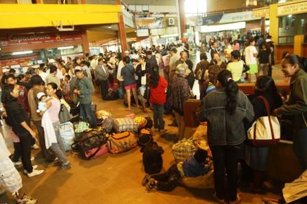 Suspenden-viajes-por-la-carretera-nueva-Santa-Cruz---Cochabamba-por--bloqueo-en-Entrerios-