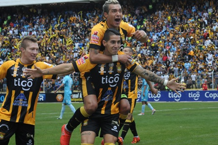 The-Strongest,-gran-campeon