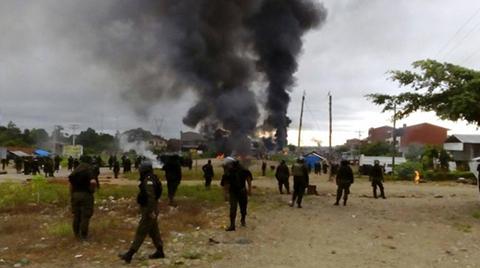 Reportan-enfrentamientos-entre-pobladores-y-policias-en-Entre-Rios