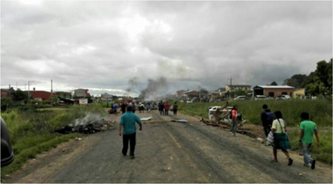 Levantan-bloqueo-en-Entre-Rios-y-liberan-a-viceministro-Villa
