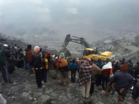 Al-menos-diez-muertos-por-el-derrumbe-de-una-mina-en-India
