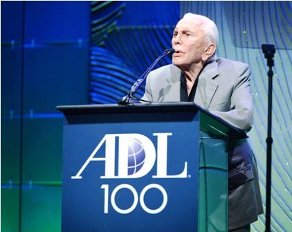 La-leyenda-del-cine,-Kirk-Douglas,-cumple-100-anos