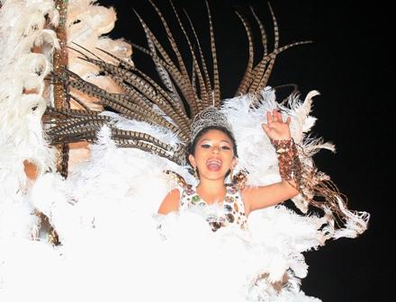 Los-ninos-ya-viven-y-sienten-el-carnaval