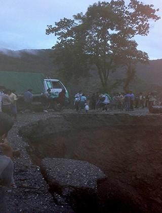 Reportan-corte-de-trafico-en-la-ruta-Santa-Cruz---Cochabamba