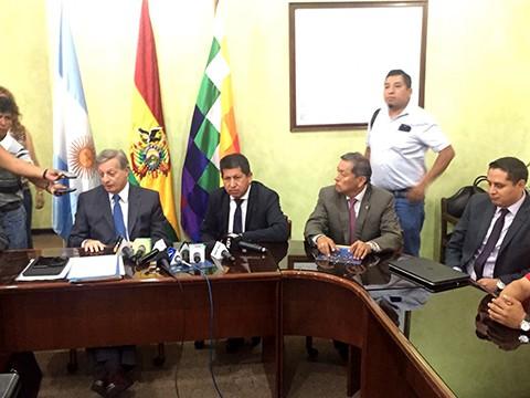 Ministros-de-Argentina-y-Bolivia-se-reunen--para-abordar-temas-energeticos