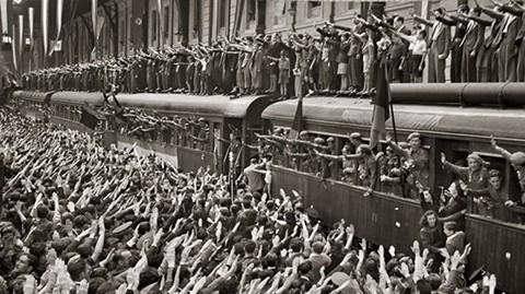 La-iglesia-homenajea-a-los--heroes--que-lucharon-junto-a-Adolfo-Hitler