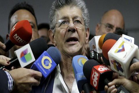 Jefe-de-Parlamento-llama-a-acelerar-propuesta-de-salida-de-Maduro-del-poder
