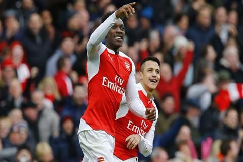 Arsenal-vence-al-Leicester-2-1-