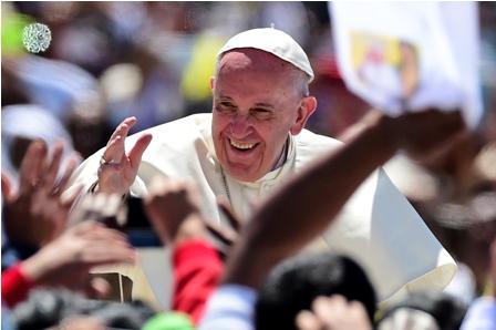 El-Papa-lamenta-y-llama--a-pedir-perdon-a-indigenas