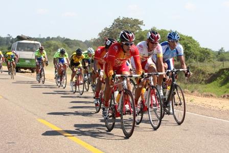 Crean-seguro-para--ciclistas-nacionales