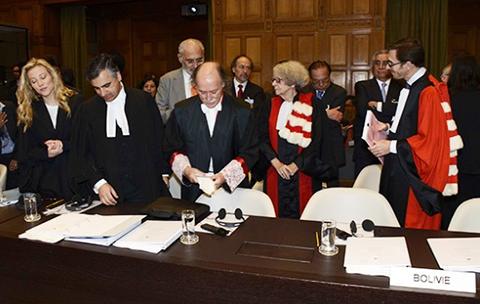 Equipo-juridico-de-la-demanda-maritima-llega-a-Bolivia-el-10-de-febrero-