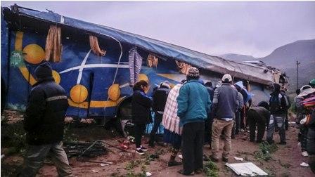 Accidente-de-un-bus-causa-nueve-muertos