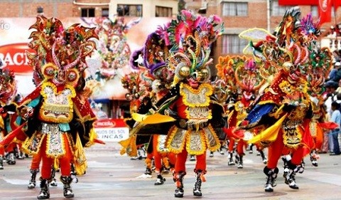 La-tradicional--Autentica-diablada--abre-fastuoso-carnaval-de-Oruro
