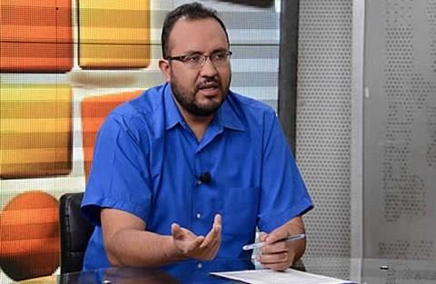 Ministro-Claros-niega-trafico-de-influencias-y-favoritismo-a-empresa-CAMC