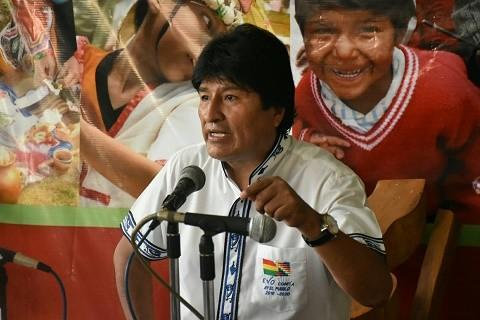 Evo-Morales-se-queja-de-los-insultos-raciales-en-las-redes-sociales