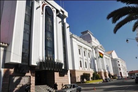CM-aprueba-multas-a-jueces-disciplinarios