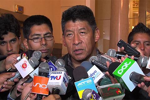 Montes-ratifica-sus-acusaciones-contra-Soledad-Chapeton-