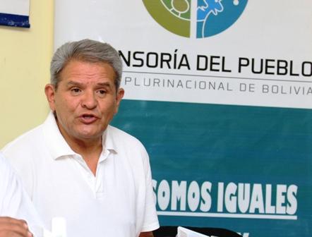 Villena-ve-vulneracion--a-los-derechos-indigenas-