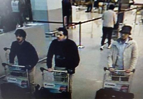 Policia-difunde-imagen-de-sospechosos-de-atentado-en-aeropuerto