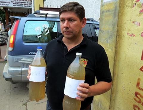 Opositor-denuncia-que-el-Gobierno-no-garantiza-agua-potable-a-San-Ramon-