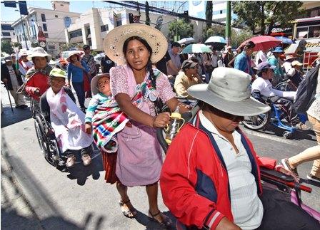 Personas-con-discapacidad-reanudan-marcha-a-La-Paz