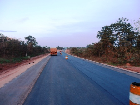 Denuncian-deterioro-de-carretera-en-construccion