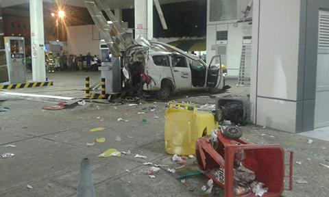 Explosion-de-tanque-de-un-vehiculo-deja-dos-heridos-en-Santa-Cruz