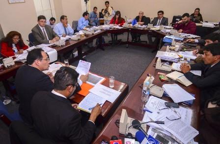 Comision-asegura-que-no-encontro-irregularidades-en-tres-contratos-con-CAMC