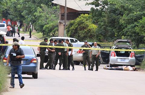Enfrentamiento-entre-policias-y-delincuentes-deja-4-muertos-