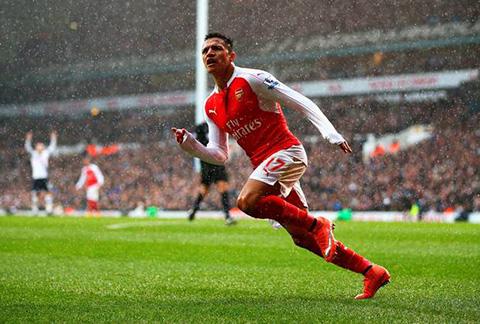 Arsenal-iguala-2---2-ante-el-Tottenham-y-sigue-en-la-pelea-por-el-titulo
