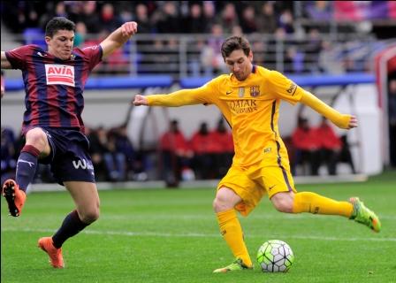 Barcelona-gana-con-doblete-de-Messi