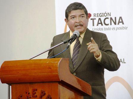 Gobernador-hace-anuncio-de-un-puerto-hub-en-Tacna