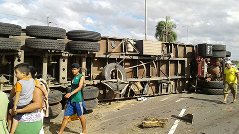 Accidente-deja-tres-fallecidos-en-la-ruta-a-Warnes