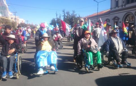 Quintana-pide-a-discapacitados-superar-problemas-internos-y-los-convoca-al-dialogo-para-el-jueves