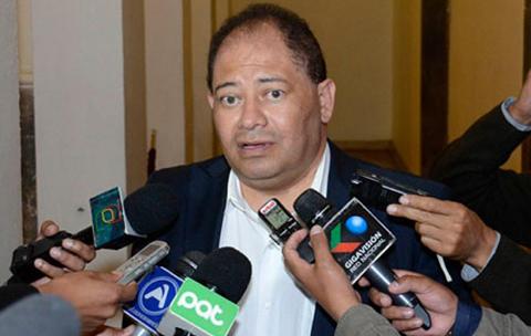 Ministro-de-Gobierno-asegura-que-la-situacion-en-penal-de-Miraflores-esta-bajo-control