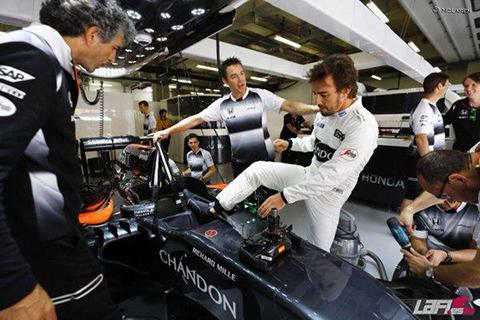 Alonso-entra-en-la-Q3-y-Hamilton-logra-la-pole