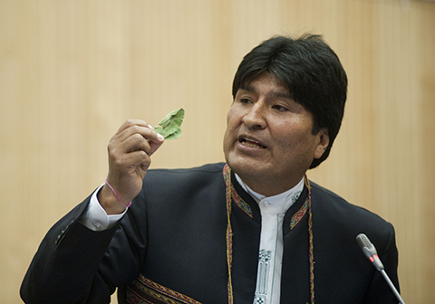 Morales-dice-que-Bolivia-no-es-colonia--yanqui--y-que-la-coca-representa-dignidad-