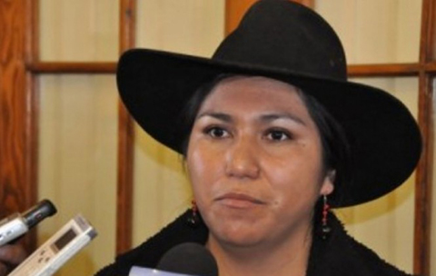 La-ministra-Paco-exige-a-Valverde-que-revele-quien-es-su-fuente-en-el-caso-Zapata-