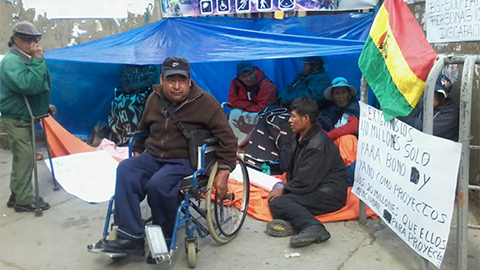 Discapacitados-ratifican-medidas-de-presion-y-exigen-dialogo-con-Morales