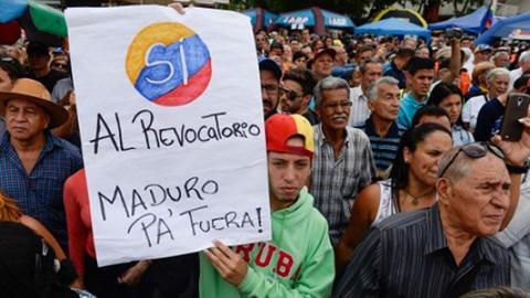 Oposicion-venezolana-da-primer-paso-hacia-el-revocatorio-contra-Maduro