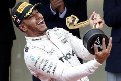 Lewis-Hamilton-gana-GP-de-Monaco,-Sergio-Perez-tercero