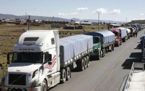 Transporte-pesado-rompe-dialogo-y-anuncia-bloqueo-de-caminos