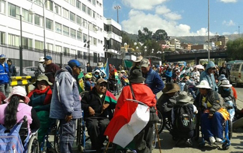 Organizaciones-realizan-marcha-de-solidaridad-junto-a-discapacitados